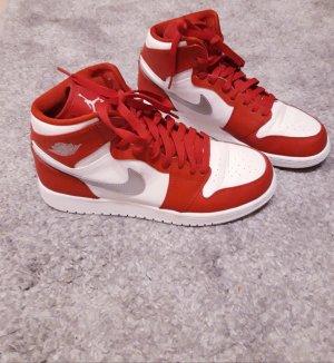 separation shoes ef40e c1c2d Jordan AIR 1 MID