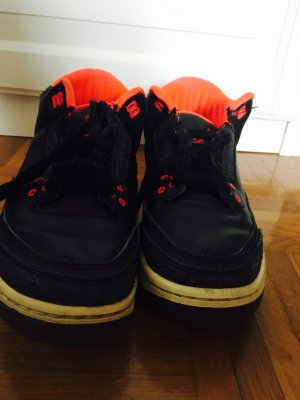 Jordan air  schwarz/rot
