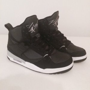Jordan Flight Sneaker