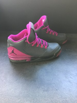 Jordan Flight Sneaker 37