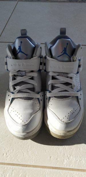Jordan High Top Sneaker