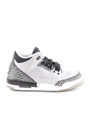 Jordan High Top Sneaker weiß-schwarz Animalmuster Casual-Look