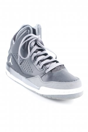 "Jordan High Top Sneaker ""Flight"""