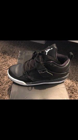 Jordan Schuhe in schwarz