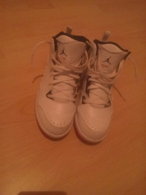 Jordans Flight Weiß/Pink