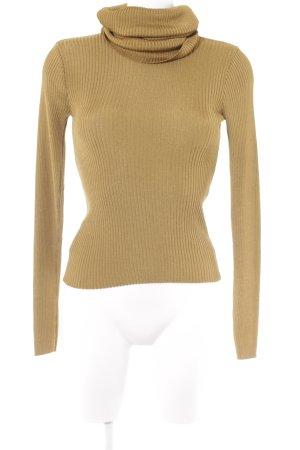 Joseph Rollkragenpullover goldfarben-ocker Street-Fashion-Look