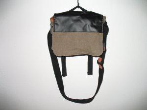 JOST Messenger Bag, klein