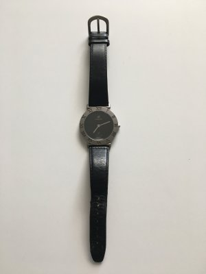 Watch With Leather Strap black-grey leather