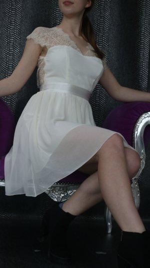 Jugendweihe Kleid weißes mit Spitze und Seide