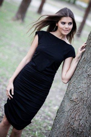 JULIA gerafftes Jerseykleid von LOUISA OKONYE, Größe 34 *SALE*