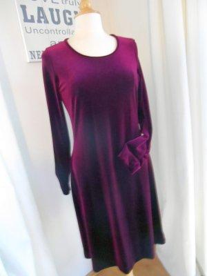 Julie C. Sehr edles & bequemes Samt Velvet Kleid Neu