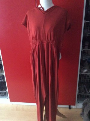 Jumpsuit in 48 aber passt eher 52/54 in rostrot