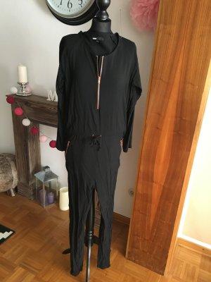Jumpsuit Marke Minimum schwarz