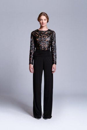 Jumpsuit von Julian Chang