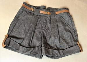 * JUST CAVALLI * SHORTS kurze HOSE ECHT LEDER Applikationen 34 /36 ( ital. 40 )