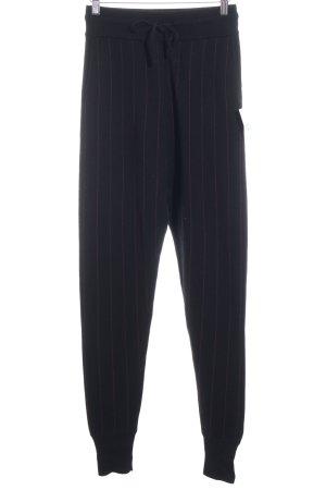 Just Female Sweathose schwarz-dunkelrot Streifenmuster minimalistischer Stil