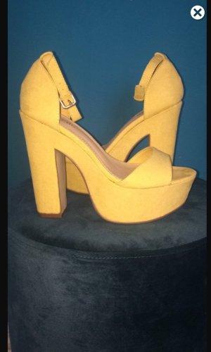 JustFab Sandalias de tacón alto amarillo pálido Algodón