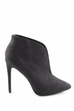 JustFab Stivaletto cut out nero stile professionale