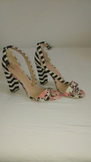 JustFab Sandalette  High Heel schwarz weiß gestreift mit Blumen Gr. 41