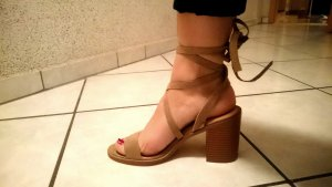 JustFab Strapped High-Heeled Sandals camel
