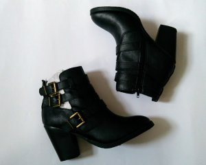 JustFab Stivaletto cut out nero