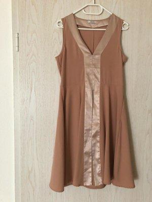 KAFFE Kleid altrosa/ beige mit gold/bronzefarbenen Elementen