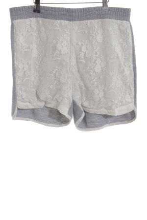 Kaffe Shorts hellgrau-weiß florales Muster Casual-Look