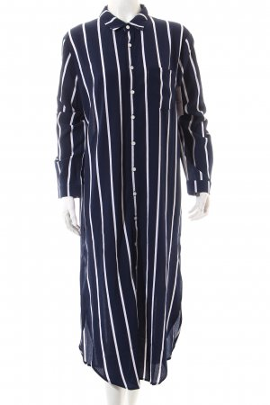 Caftan white-dark blue striped pattern