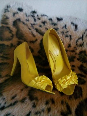Charlotte Russe High Heel Sandal yellow
