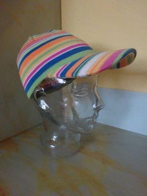 Kappe in fröhlichen Farben mit Schirm