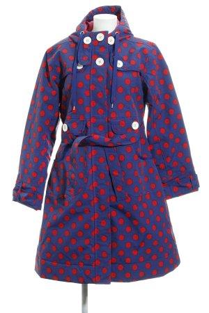 Abrigo con capucha azul-rojo estampado a lunares look casual