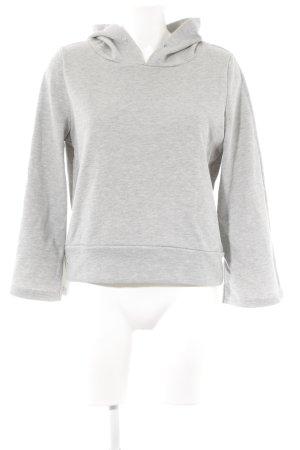 Jersey con capucha gris claro look casual
