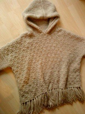Kapuzenpullover/Poncho Wolle handmade beige 38