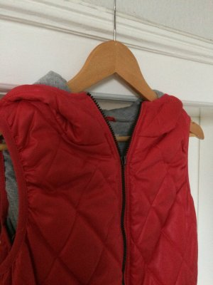 Only Gilet à capuche rouge