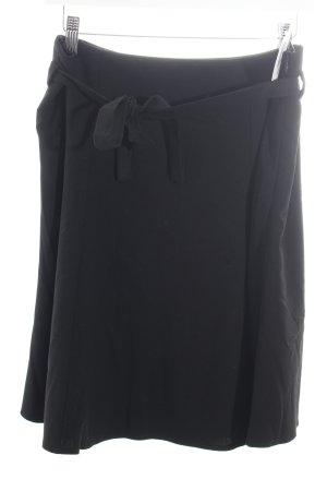 Kara Jupe évasée noir style classique