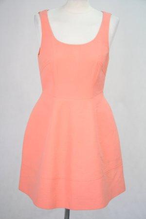 Karen Millen Kleid in Korallenrot