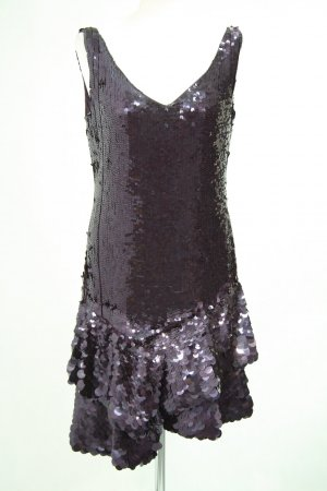 Karen Millen Paillettenkleid in Violett