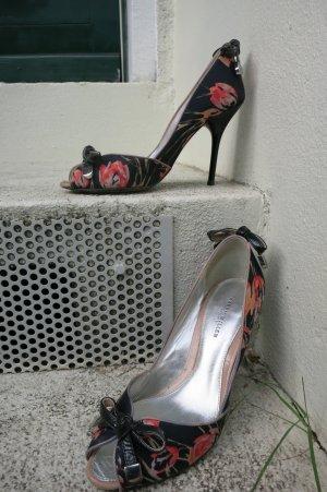 Karen Millen Peep Toes Gr 36 in Schwarz mit roten Blumen