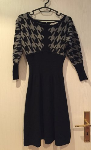 Karen Millen Puppytooth Knit Dress S/M