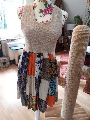 Karibikflair,Gegings USA,tolles Kleid,mit Patchwork,one size(passt Gr.34 und Gr.36)durch den Smokeinsatz