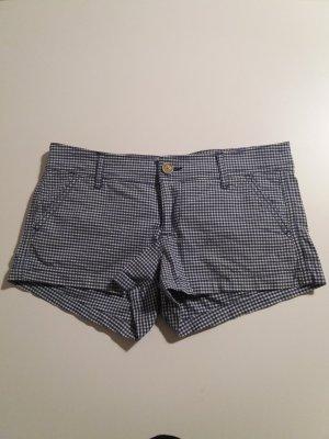 Karierte Hollister-Shorts