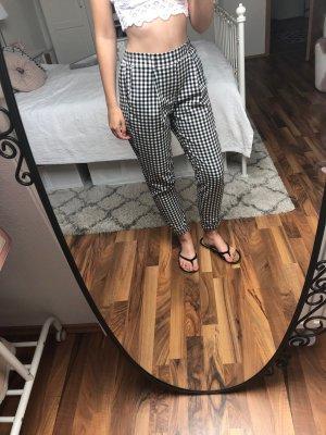 Bershka Pantalón de pinza alto negro-blanco