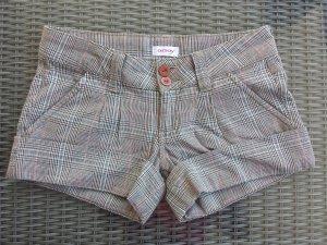 Karierte Kurze Shorts NEU