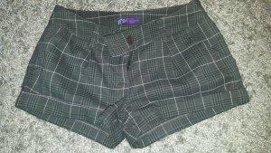 AJC Shorts grey