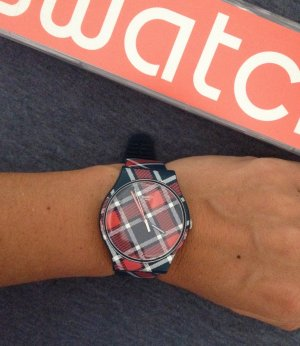 Karierte Swatch Uhr Color-Kilt