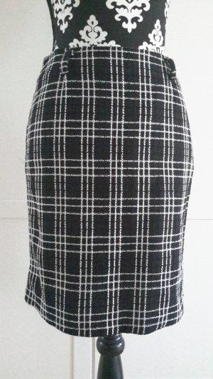 Falda blanco-negro