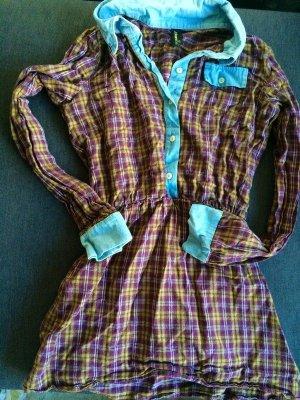 Kariertes Hemdblusenkleid von Urban outfitters