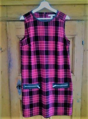 kariertes Kleid mit Kunstlederapplikationen von ESPRIT