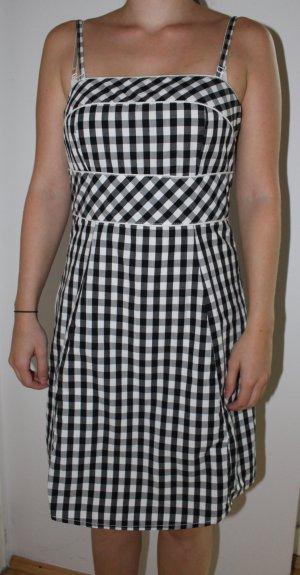 kariertes Kleid / Trachtenkleid