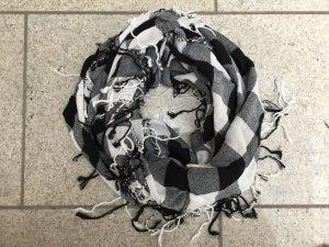 Fringed Scarf black-white
